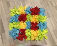 schnueffelteppich-52-x-49-cm---handarbeit---herten